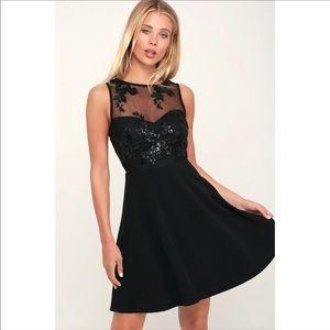 NWT LULUS / SHORT BLACK SEQUIN FORMAL DRESS